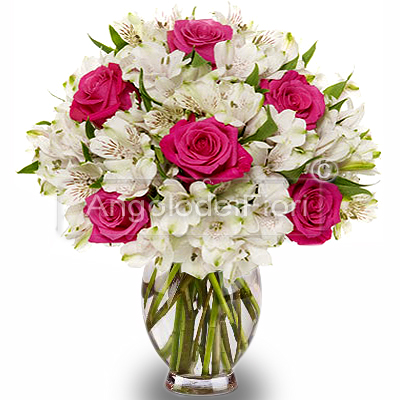 Alstroemerie Bouquet of White and Pink Roses