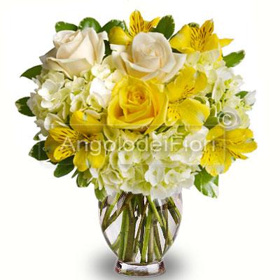 Bouquet di Rose Gialle e Altroemerie Gialle