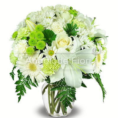 Bouquet of lilies and white daisies