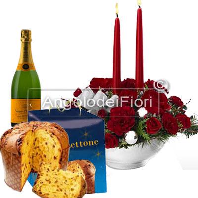 Centrotavola natalizio con panettone e spumante