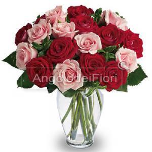 Bouquet di Rose Miste Rosse e Rosa