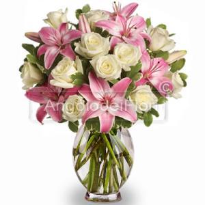 Bouquet di Lilium Rosa e Rose Bianche