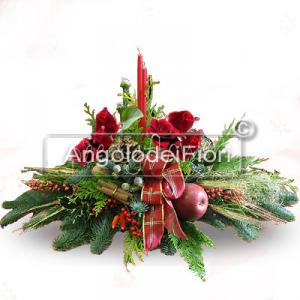 Christmas Centerpiece with Flowers and Berries
