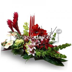 Special Christmas Centerpiece with Flowers