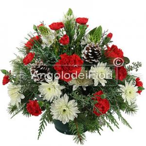 Christmas Arrangement with Berries and Pine Cones