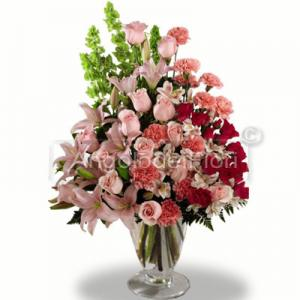 Floral composition suitable for wedding, birthday, birth